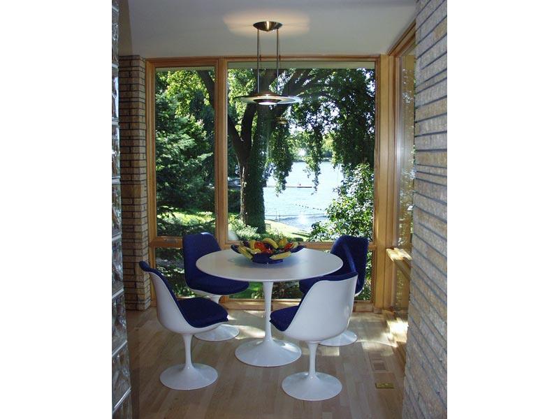 Cedar Lake Residence Kitchen Eating Area